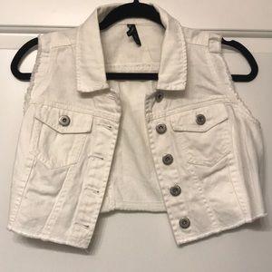 Short white vest, never worn.